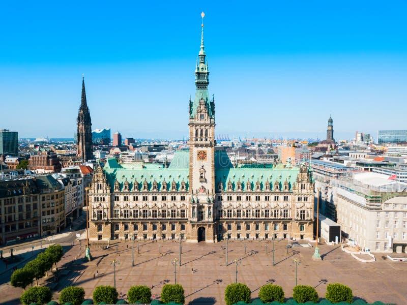Het Stadhuis of Rathaus van Hamburg royalty-vrije stock afbeeldingen