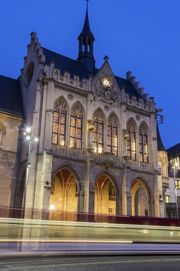 Het Stadhuis van Erfurt in Duitsland in de avond royalty-vrije stock foto's
