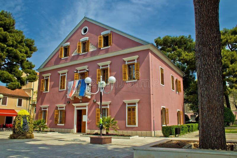 Het stadhuis van Namoru van Biograd stock afbeelding