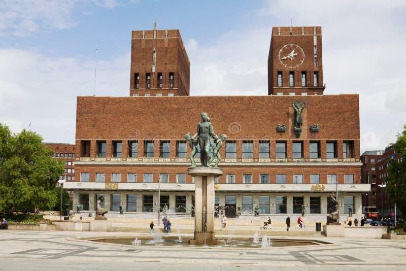 Het Stadhuis van Oslo in Noorwegen stock foto