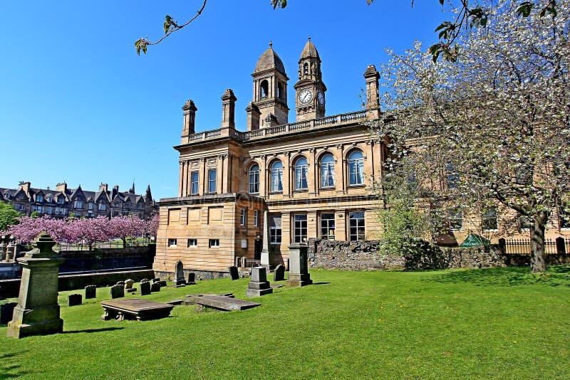 Het stadhuis van Paisley met klok en klokketoren Renfrewshire Schotland royalty-vrije stock afbeeldingen