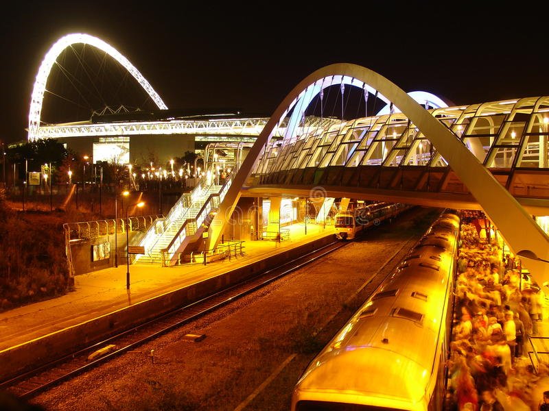 Het stadion en de spoorweg van Wembley. royalty-vrije stock foto