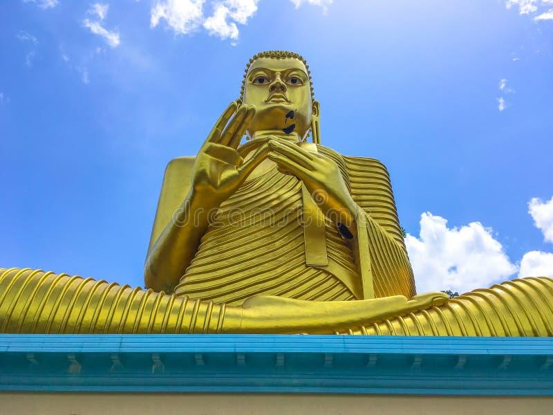 Het Standbeeld Sculpure, Sri Lanka van Boedha royalty-vrije stock afbeeldingen