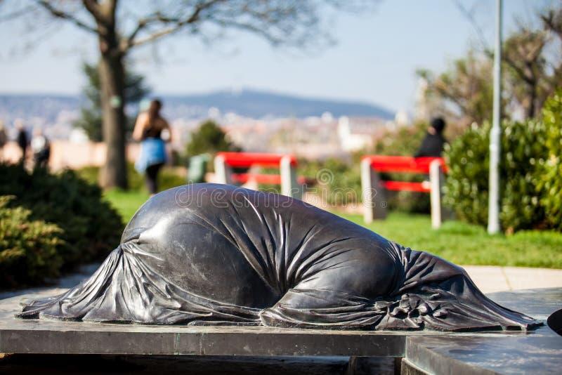 Het standbeeld van Abraham bij de Tuin van Filosofie die bij Gellert-heuvel in Boedapest wordt gevestigd royalty-vrije stock foto's