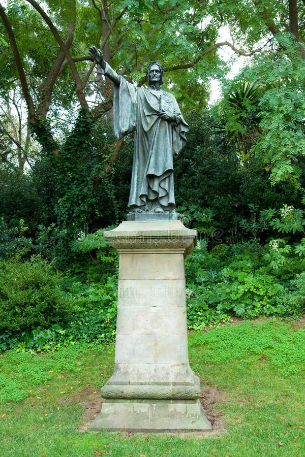 Het standbeeld van Alighieri van Dante royalty-vrije stock foto's