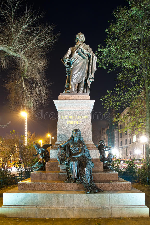 Het standbeeld van Bartholdy in Leipzig royalty-vrije stock afbeeldingen