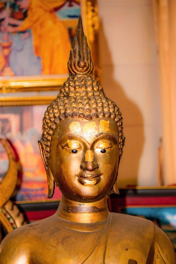 Download Het standbeeld van Boedha stock afbeelding. Afbeelding bestaande uit gezicht - 39118157