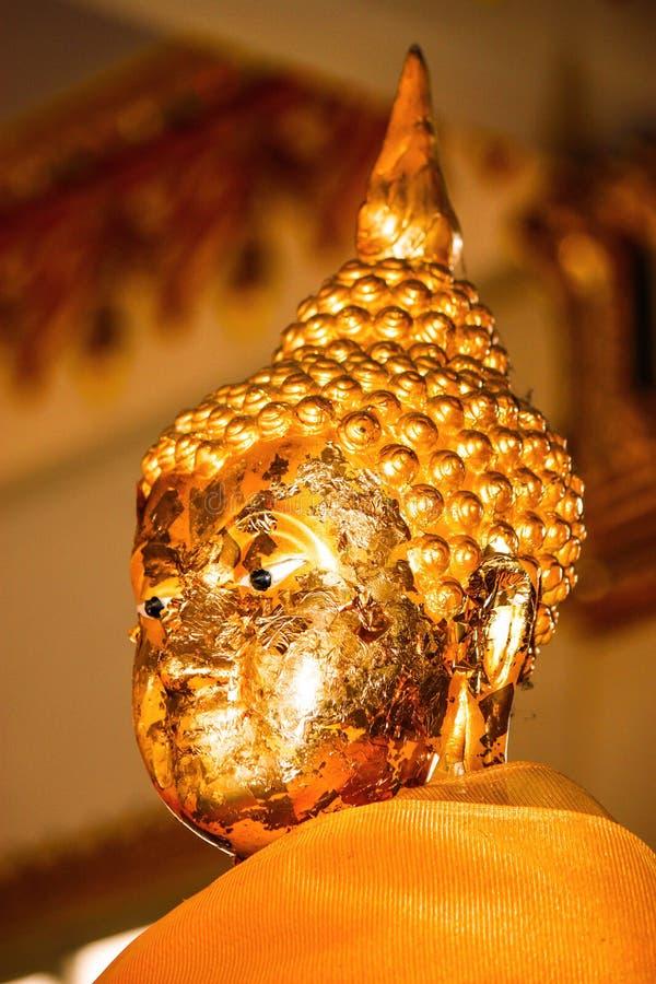 Download Het standbeeld van Boedha stock afbeelding. Afbeelding bestaande uit ogen - 39118175