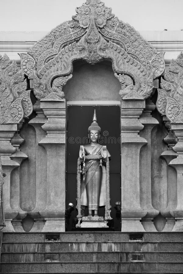 Het standbeeld van Boedha bij nongkhai stock afbeelding