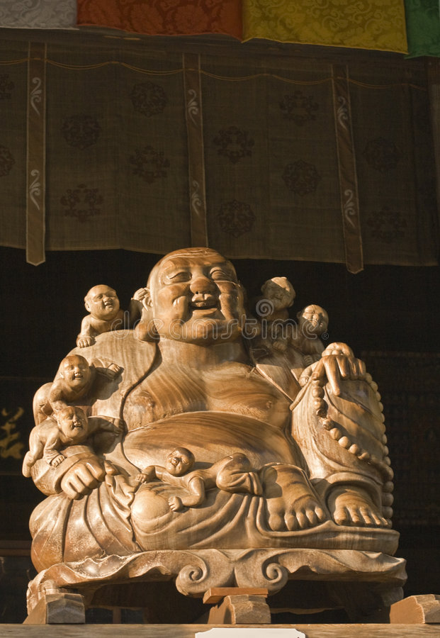 Het standbeeld van Boedha en van kinderen (Yamadera) stock foto's