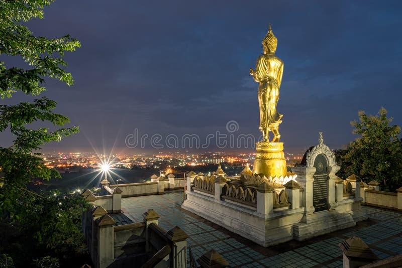 Het standbeeld van Boedha in Nan-provincie, Thailand stock fotografie