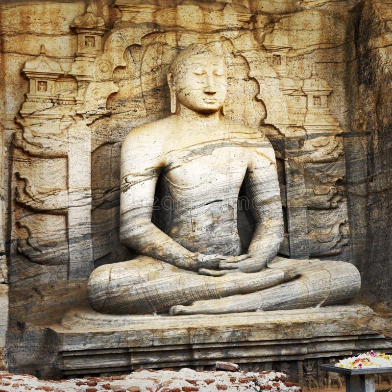 Het standbeeld van Boedha in Polonnaruwa-tempel royalty-vrije stock fotografie