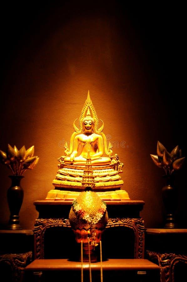 Het standbeeld van Boedha van de kunst stock afbeeldingen