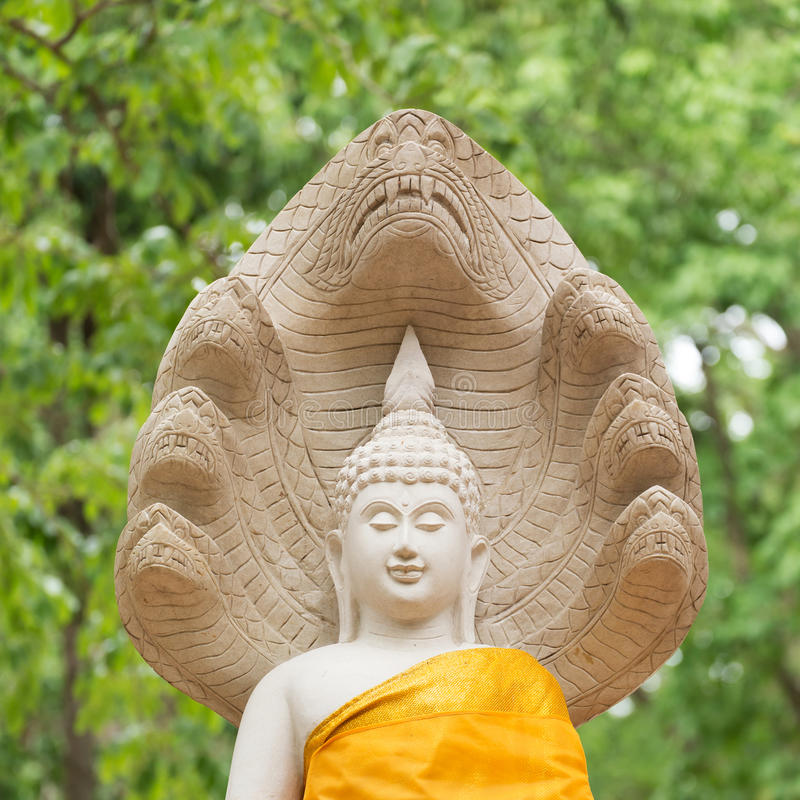 Het standbeeld van Boedha in wat umong, chiang MAI, reist Thaise tempel royalty-vrije stock afbeelding