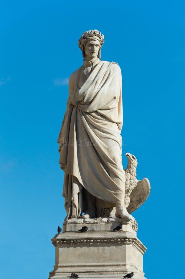 Het standbeeld van Dante Alighieri ` s in Florence Italy stock fotografie