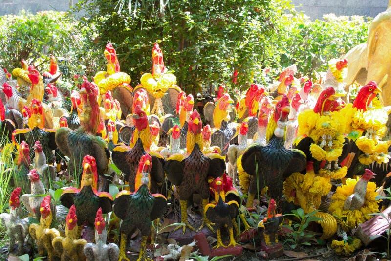 Het standbeeld van de kippengroep voor vervult zijn gelofte royalty-vrije stock afbeeldingen
