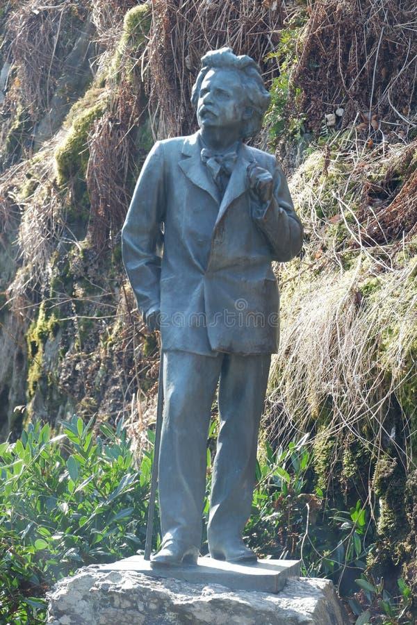 Het standbeeld van Edvard Grieg ` s stock foto's