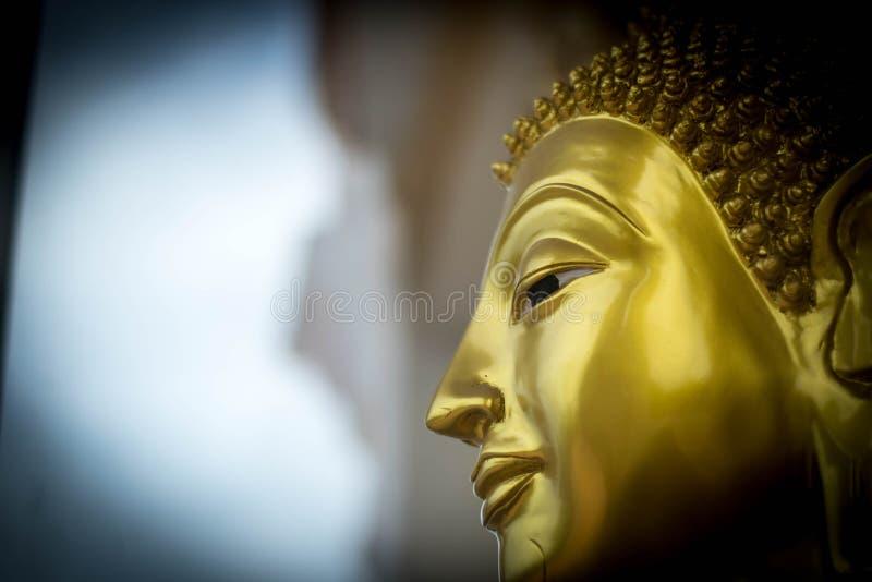 Het standbeeld van gezichtsboedha stock afbeeldingen