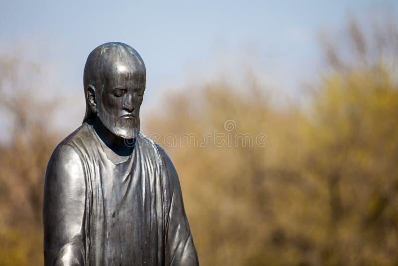 Het standbeeld van Jesus bij de Tuin van Filosofie die bij Gellert-heuvel in Boedapest wordt gevestigd royalty-vrije stock afbeeldingen