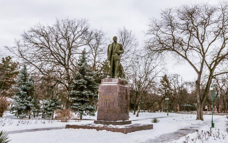 Het Standbeeld van Lenin bij een park in Buigmachine Transnistria royalty-vrije stock foto