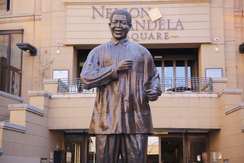 Het Standbeeld van Nelson Mandela royalty-vrije stock foto