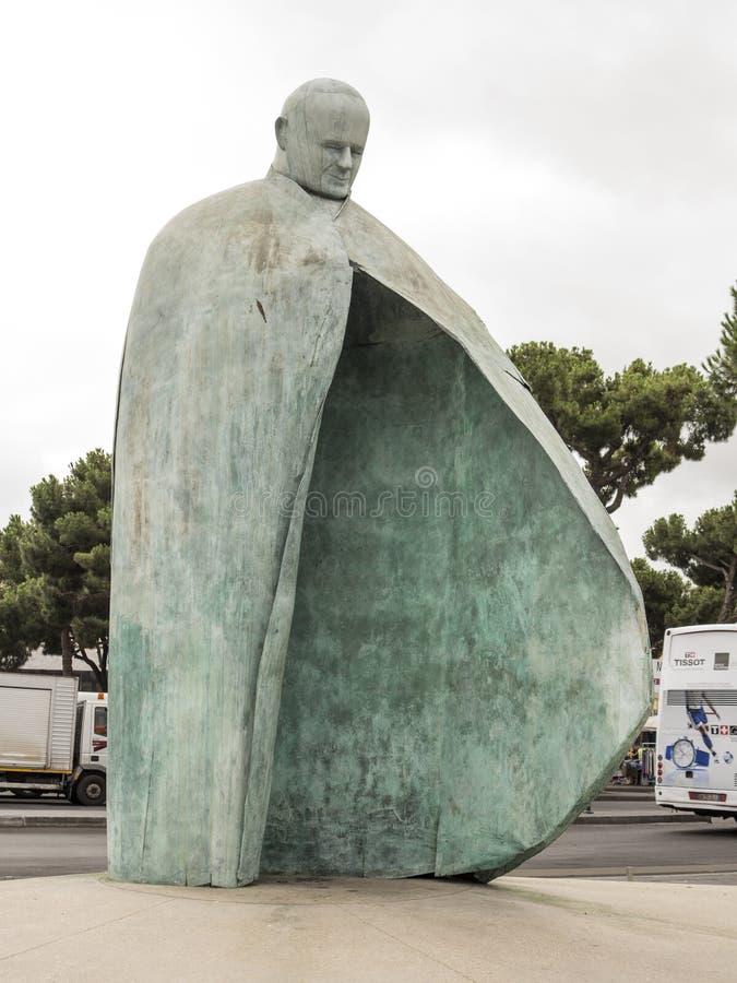 Het standbeeld van pausjohannes paulus ii, Rome stock fotografie