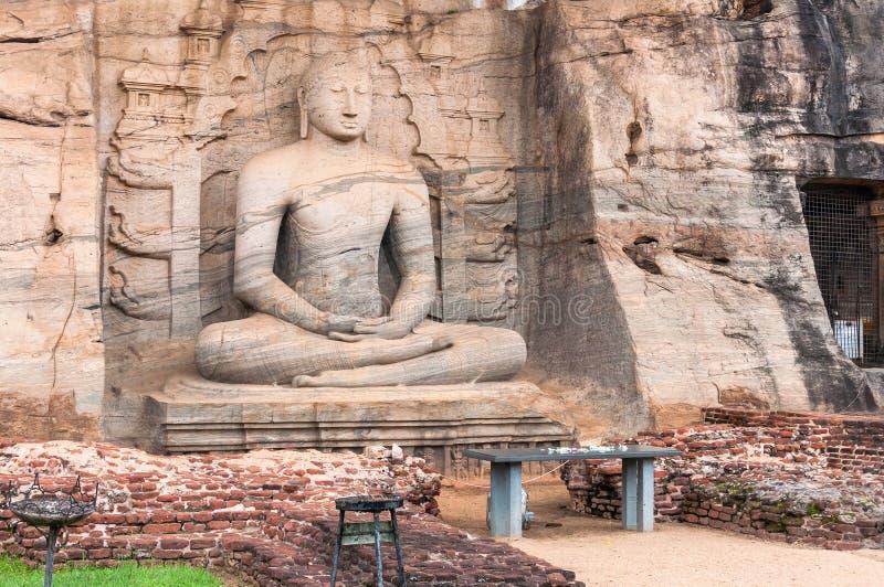 Het standbeeld van Samadhiboedha in Pollonaruwa, Sri Lanka royalty-vrije stock fotografie