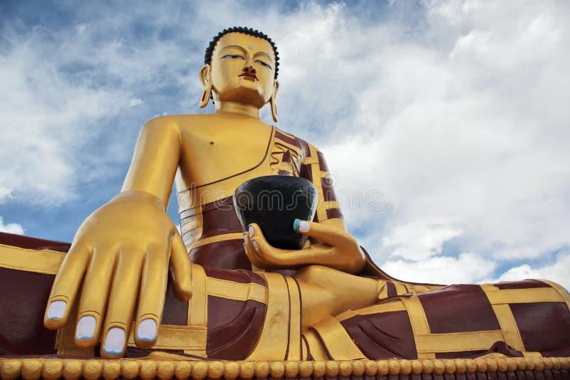Het standbeeld van Shakyamuniboedha Gautama royalty-vrije stock fotografie