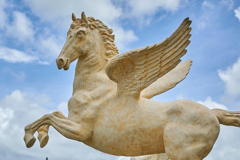 Het standbeeld van steenpegasus stock afbeelding