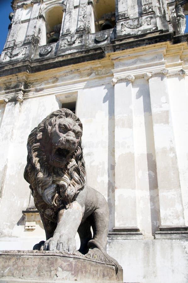 Het standbeeldKathedraal van de leeuw van Leon Nicaragua royalty-vrije stock afbeelding