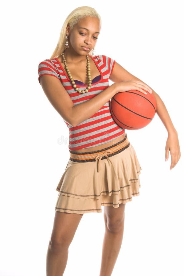 Het stedelijke Meisje van het Basketbal stock afbeelding
