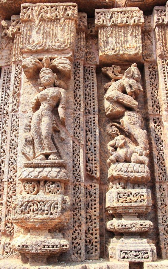 Het steenwerk in Konark tempel-11 stock afbeelding
