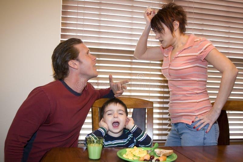 Het stellen van Ouders stock foto's