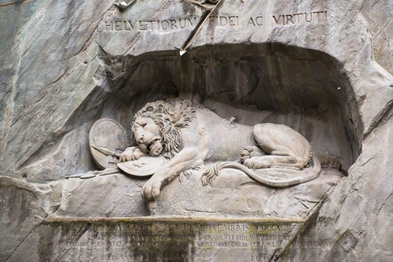 Het sterven leeuwmonument in Luzerne stock foto