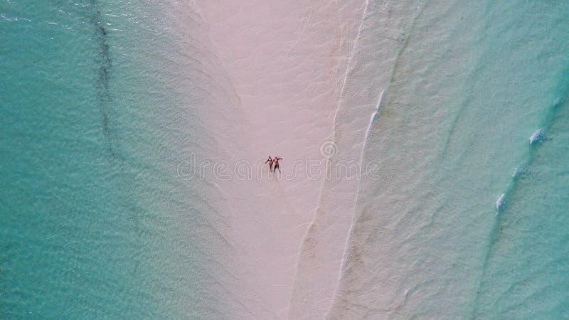 Het strand luchtmening van Zanzibar royalty-vrije stock fotografie