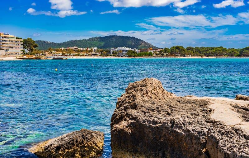 Het strand Santa Ponsa van Spanje Majorca stock afbeelding
