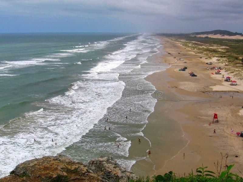 het strand van Brazilië torres stock foto's