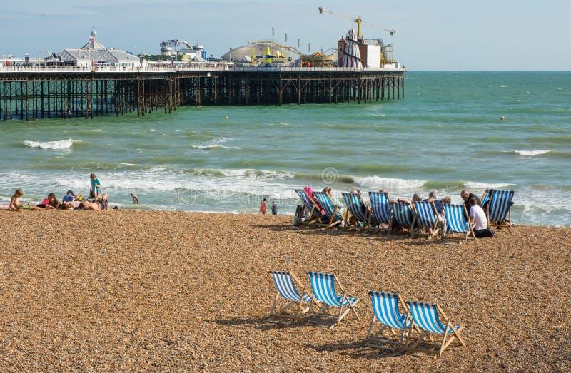 Het Strand van Brighton en Pijler, Engeland stock fotografie