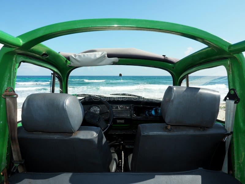 Het strand van cabriolet stock afbeelding