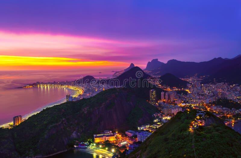 Het Strand van Copacabana in Rio de Janeiro brazilië stock afbeeldingen