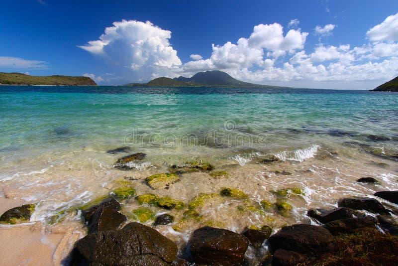 Het Strand van de Baai van de majoor - St Kitts royalty-vrije stock afbeelding