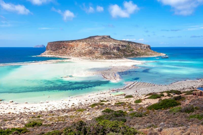 Het strand van de Balosbaai en Gramvousa-eiland, Kreta, Griekenland stock foto