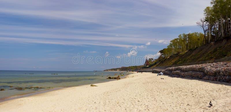 Het strand van de Kenigsberg Oostzee stock afbeelding
