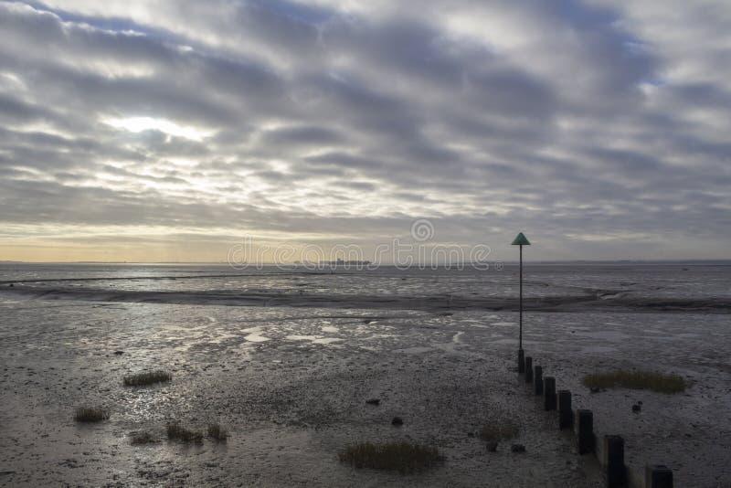 Het Strand van de klokwerf bij Leigh-op-Overzees, Essex, Engeland stock foto's