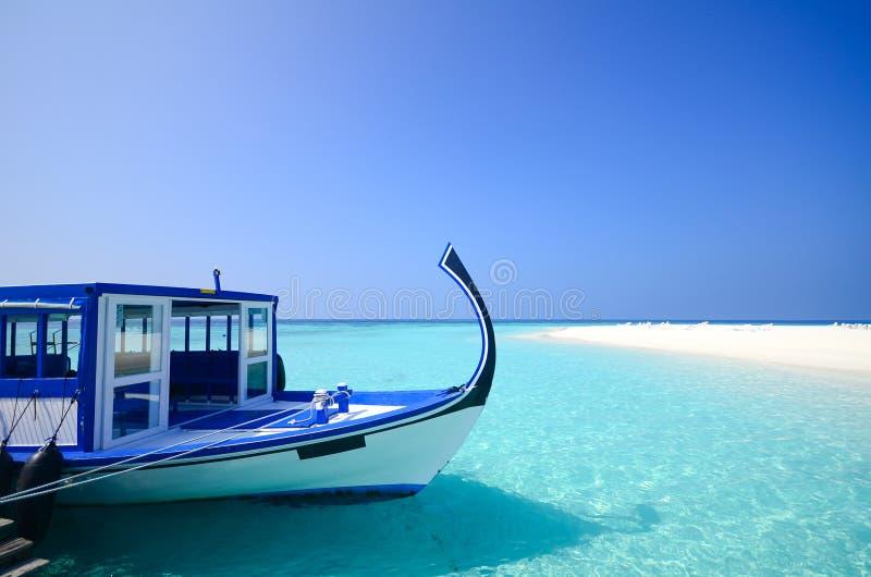 Het strand van de Maldiven stock afbeelding