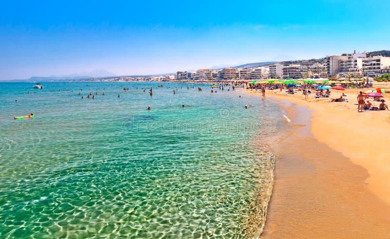 Het strand van de Rethymnostad Eiland Kreta Griekenland stock foto's