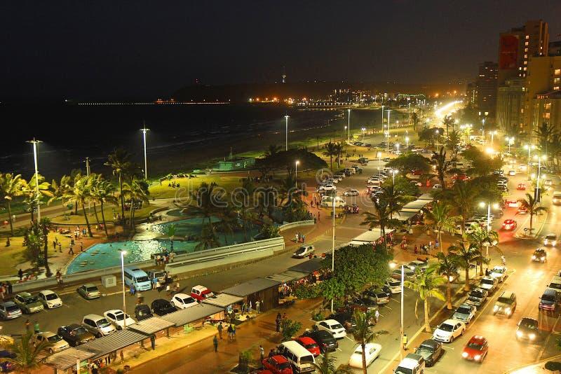 Het strand van Durban bij nacht, Zuid-Afrika royalty-vrije stock foto
