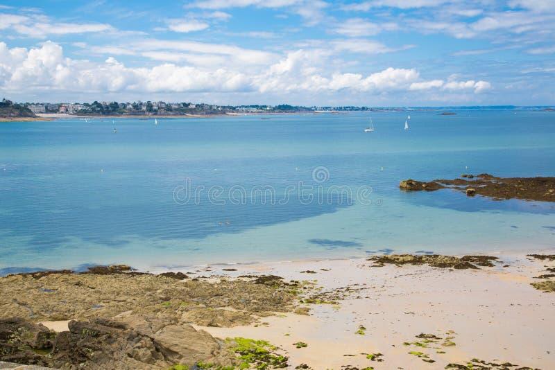 Het strand van heilige Malo stock afbeeldingen