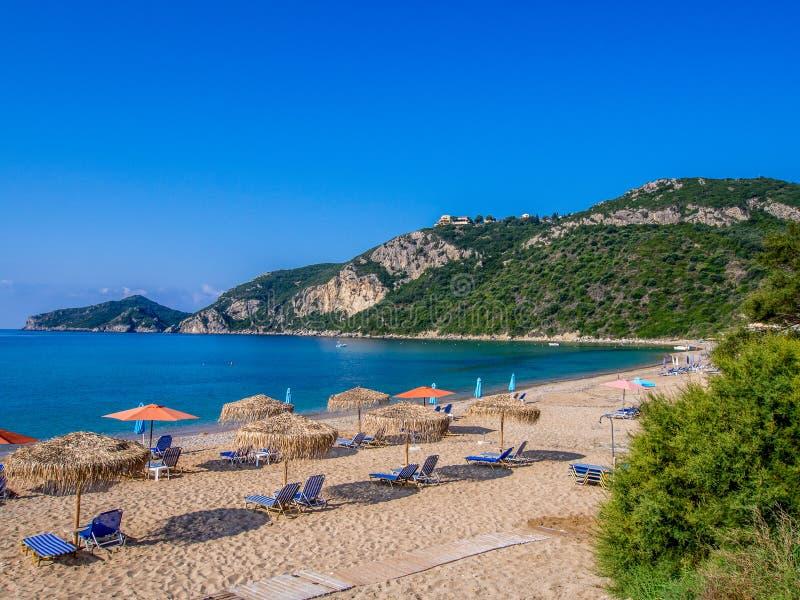 Het strand van Korfu - Agios Georgios- stock afbeelding