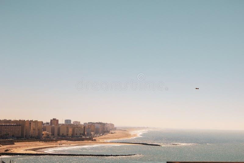 Het Strand van La Caleta in Cadiz, Spanje royalty-vrije stock afbeeldingen